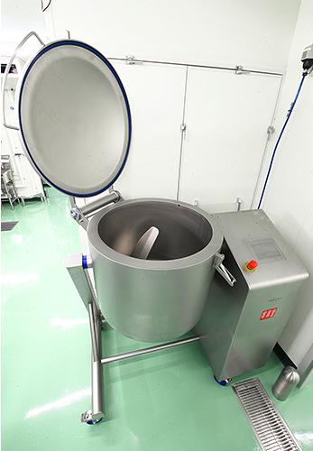 ヴァコナ社製真空冷却タンブラー